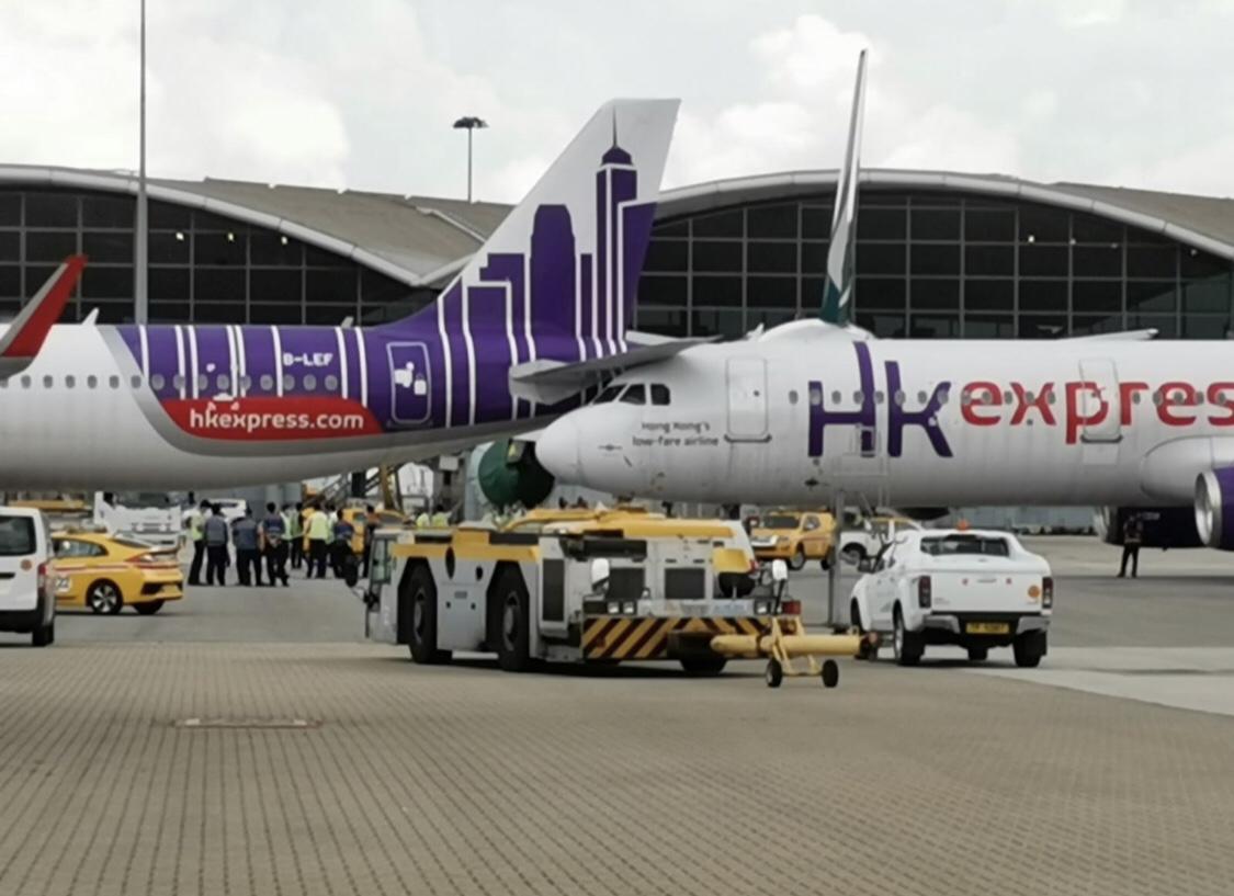 突發 香港快運兩架客機相撞 Lihkg 討論區